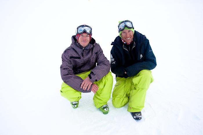 Xavier Favre et Mat Dalin, originaire des Plans d'Hotonnes dans l'Ain, il travaille tout les deux au snowpark de La Plagne. Je suis Xavier en photo depuis ses débuts.